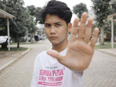 Bintang Emon Ngaku Sedang Diendorse Covid-19: Lagi Bagi-bagi Duit dan Invoice
