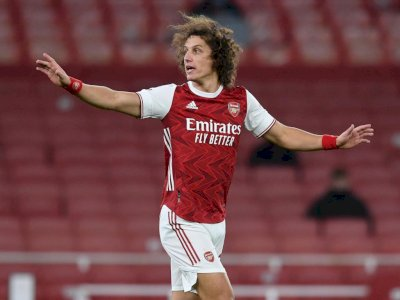 PSG Berencana Bawa Pulang David Luiz