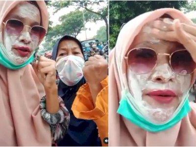 Perjuangan Emak-Emak Pendukung Rizieq Shihab, Pakai Odol Lindungi Wajah dari Gas Air Mata