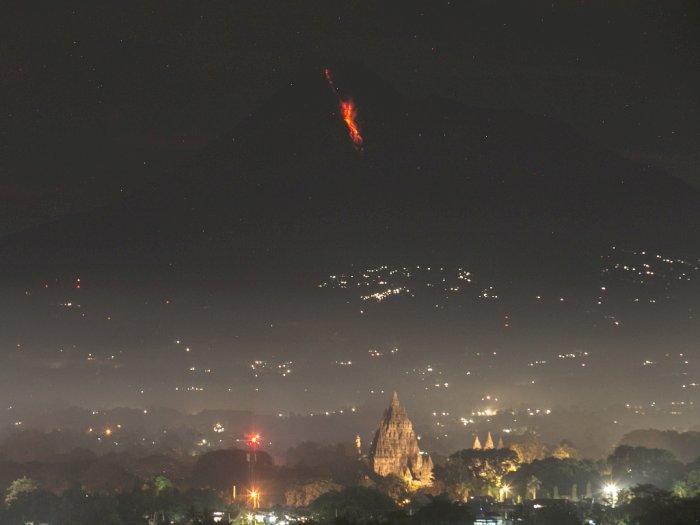 FOTO: Awan Panas Guguran Gunung Merapi