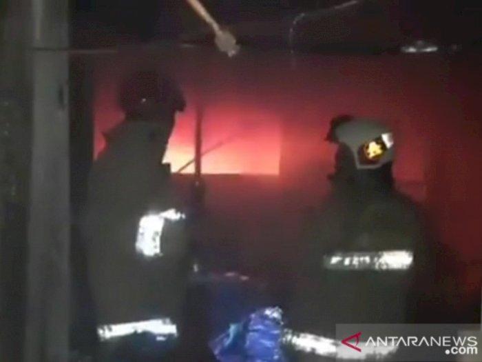 Kebakaran Kantor BPOM, 75 Personel Damkar Sempat Berjibaku Padamkan Api