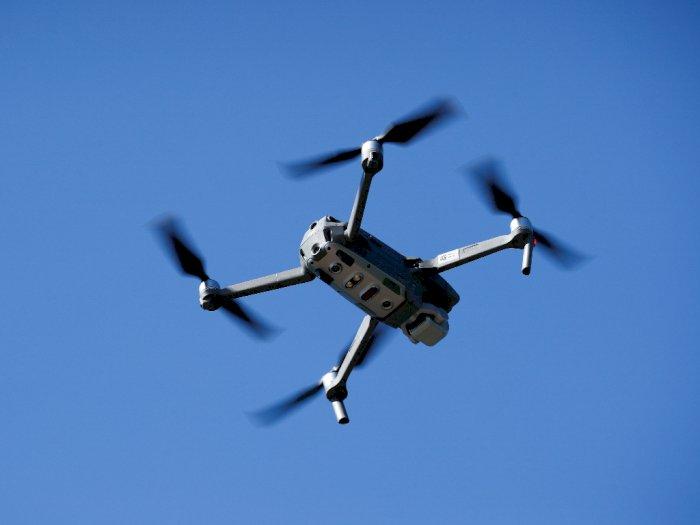 Wanita di Australia Ini Dikenai Denda Usai Pakai Drone  untuk Antar Rokok ke Hotel