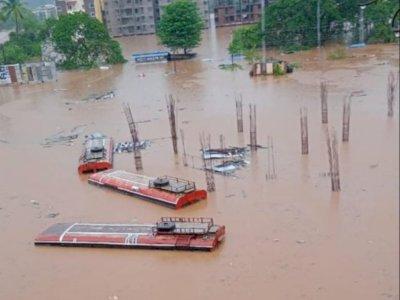Puluhan Orang Hilang Masih Belum Ditemukan Saat Bencana Banjir dan Longsor di India