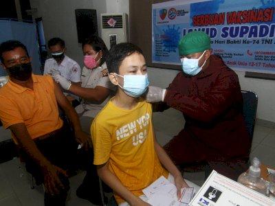FOTO: Serbuan Vaksinasi COVID-19 di Lanud Supadio