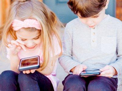 Begini Cara Membatasi Penggunaan Gawai Anak Menurut Psikolog