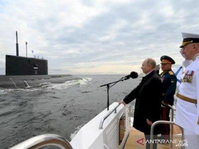 Usai Pringati Inggris, Putin Klaim AL Rusia Mampu Deteksi Musuh di Dalam Air