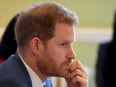 Pangeran Harry Diperingatkan Teman Lamanya untuk Tak Mengotori Nama Mereka di Buku Barunya