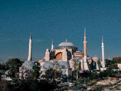 Hagia Sophia Kembali Jadi Masjid Usai Setahun Ditutup, Presiden Erdogan Ucapkan Syukur