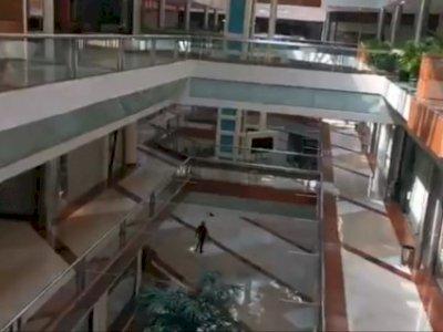 Video Suasana Sepi Pondok Indah Mall 1 saat PPKM Level 4, Netizen: Horor Banget!
