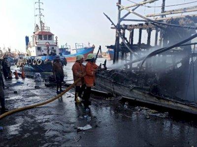 Terungkap Penyebab Kebakaran Kapal Nelayan di Muara Baru: Akibat Pengelasan