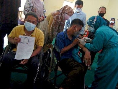 FOTO: Vaksinasi COVID-19 Bagi Penyandang Disabilitas