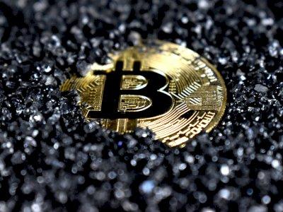 Pria Ini Curi Listrik dari Kantor Polisi untuk Digunakan Tambang Bitcoin
