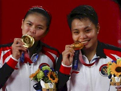 Terkuak, Alasan Atlet Pemenang Olimpiade Sering Gigit Medali Emas Mereka