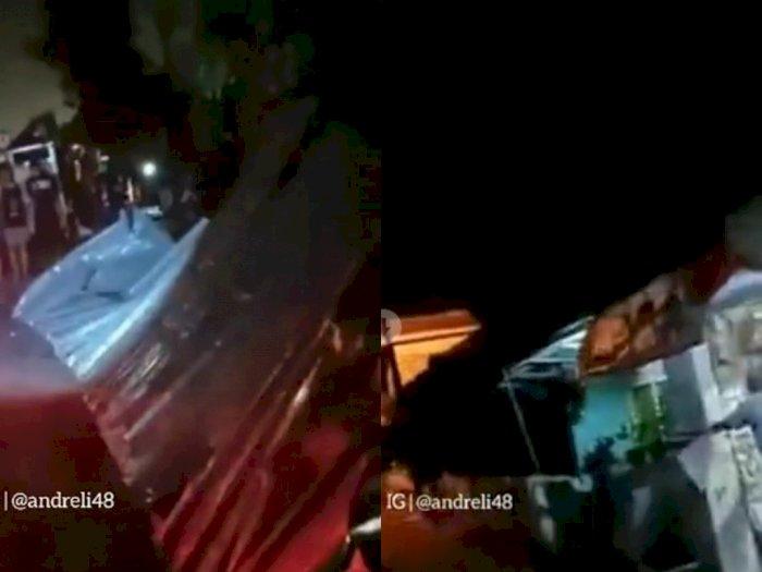 Puting Beliung Hantam Wilayah Panjang Bandar Lampung, Terbangkan Lima Atap Rumah Warga