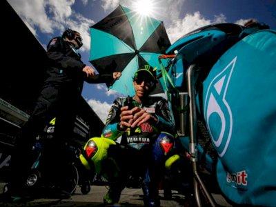 Pensiun dari MotoGP, Valentino Rossi Ucapkan Terima Kasih kepada Penggemarnya