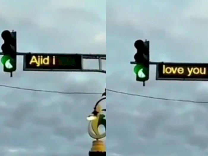 Viral! Running Text Lampu Merah di Lhokseumawe Tampilkan 'Ajid I Love You'