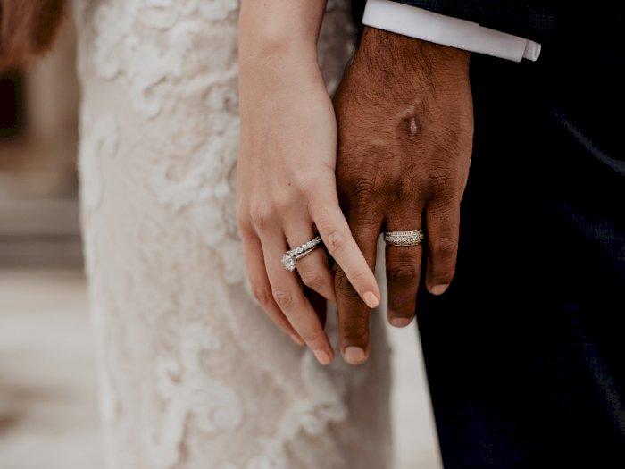 Dokter Curhat Dirinya Tak Diundang ke Pernikahan Sahabatnya