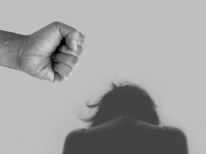 Keji! Alat Kelamin Wanita Ini Dijahit Suami Usai Dituduh Selingkuh, Endingnya Tak Disangka