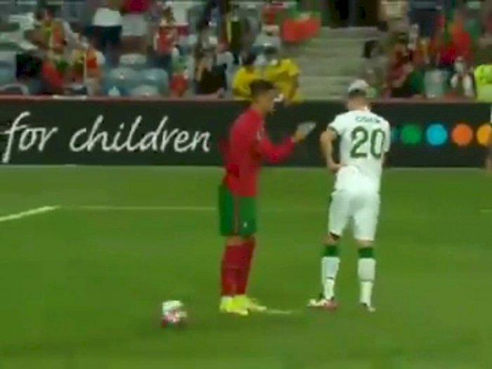 Momen Ronaldo Tampol Pemain Irlandia, Emosi Gegara Bola Persiapan Penalti Ditendang