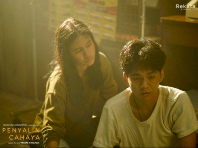 """Film """"Penyalin Cahaya"""" Suarakan Darurat Isu Kekerasan Seksual, Siap Tampil di BIFF 2021"""