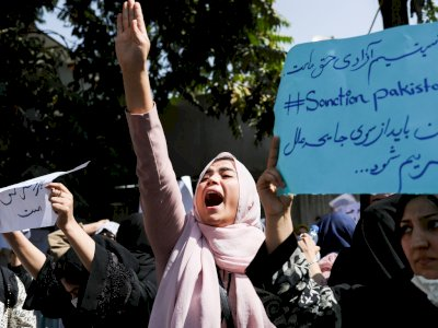 Larang Perempuan Afghanistan Bekerja di Pemerintahan, Taliban: Tugasnya Melahirkan