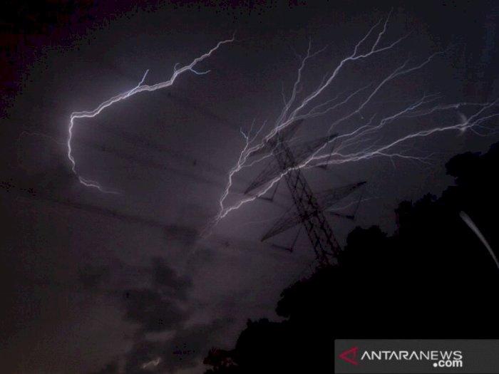 Waspada Cuaca Ekstrem, DKI Jakarta Siaga Banjir