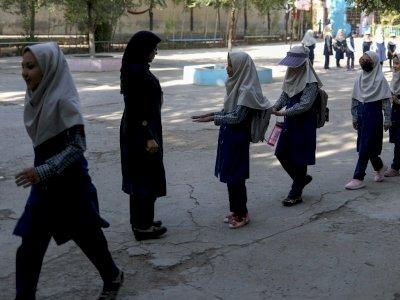 FOTO: Anak-anak Mulai Masuk Sekolah di Afghanistan, Perempuan dan Laki-laki Dipisah