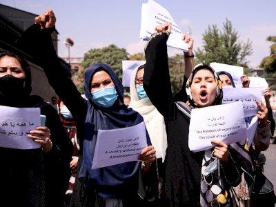 Rezim Baru Taliban, Kementerian Urusan Perempuan  Ditutup