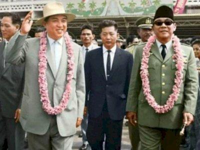 Foto Lawas Pemimpin Korea Utara Kim Il Sung Bertemu Soekarno, Kemesraannya Jadi Sorotan