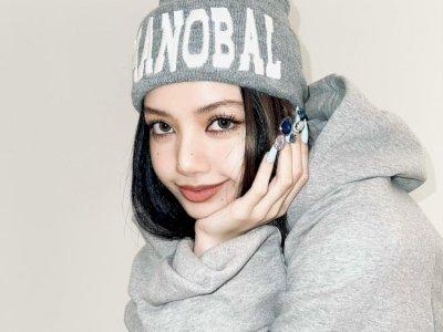 Single Lalisa Kalah di Program Musik Korea, Fans Ngamuk ke YG Entertainment