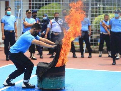 FOTO: Pelatihan dan Simulasi Pemadaman Kebakaran di Lapas