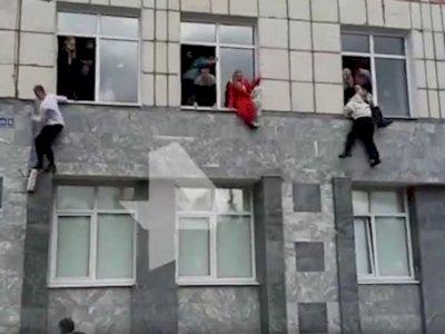 Detik-detik Penembakan di Universitas Rusia, Mahasiswa Panik Lompat dari Jendela