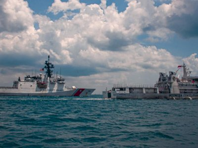 Memperkuat Aliansi, Kapal Penjaga Pantai AS Ikuti Latihan Bersama Bakamla RI