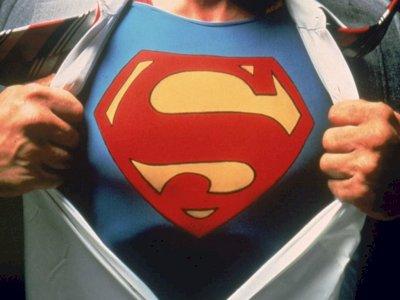 Trailer Red Band Injustice, Tampilkan Sisi brutalnya Superman!