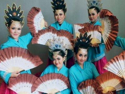 Tari Pakarena Makassar, Cara Dewa Mengajarkan Manusia Hidup di Bumi Semesta, Benarkah?