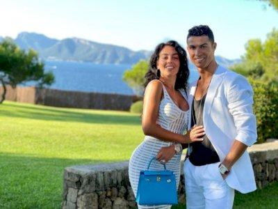 Georgina Rodriguez Ngaku Ingin Segera Dinikahi Cristiano Ronaldo, tapi...