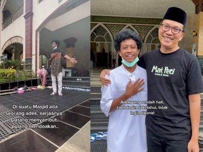 Viral Pemuda di Subang Sambut Jamaah & Rapikan Sandal di Masjid, Rupanya 'Anak Sultan'