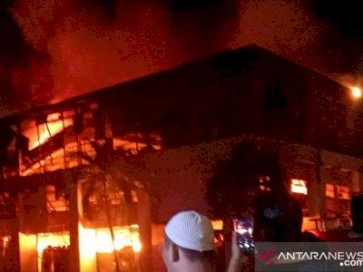 Kebakaran Gudang Mangga Dua Telah Dipadamkan, Damkar Pastikan Gudang SiCepat Tak Terbakar