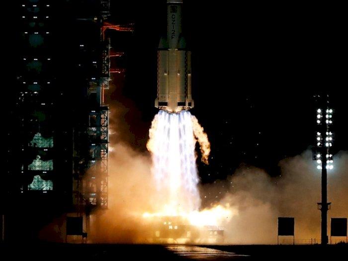 Tiga Astronot China Berhasil Mendarat di Stasiun Luar Angkasa