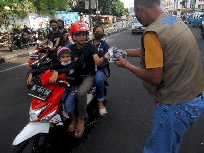 Luhut Prediksi COVID-19 di Indonesia Akan Berstatus Endemi Tahun Depan
