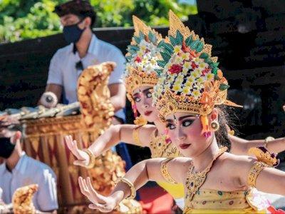 Bali Resmi Dibuka, Menparekraf: Kesehatan Wisman adalah Syarat Utama