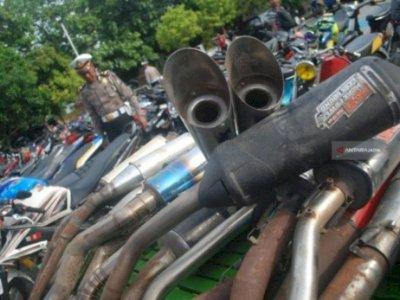 Polres Madiun Amankan Puluhan Motor Berknalpot Tak  Standar