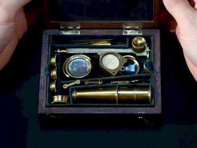 Mikroskop yang Digunakan Charles Darwin Ini Siap Dilelang Cuma Seharga Rp6,7 miliar