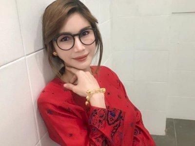 Buron Akibat Pose di Depan Ka'bah, Nur Sajat Transgender Malaysia Ditawari Australia Suaka
