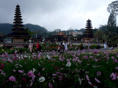 Wisata Ulun Danu Beratan di Bali, Ini Foto-fotonya