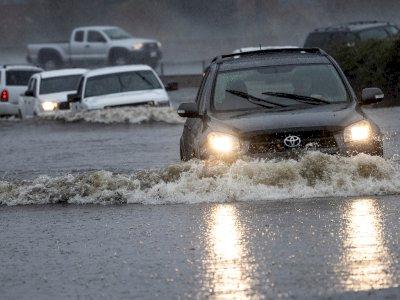 Badai Kuat Menerjang California, Ada Ancaman Banjir Bandang, Ini Foto-fotonya
