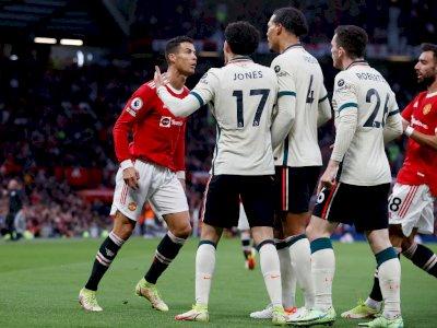 Detik-detik Usai Tendang Jones, Ronaldo Langsung Ketakutan Dibuntuti Van Dijk