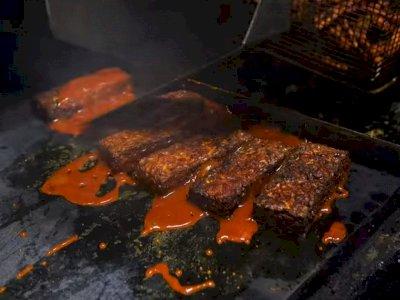 Ketika Tempe Jadi Makanan Kegemaran Kaum Vegan, Diolah dengan Saus BBQ Bak Steak Daging