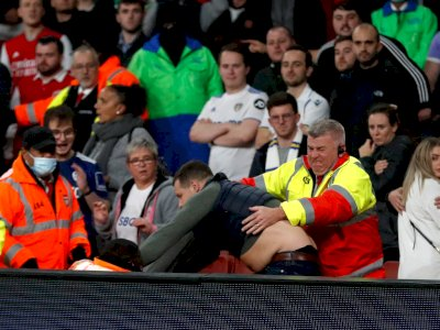 Memalukan, Manchester United Diledek Fans Leeds yang Klubnya Ada di Urutan 17