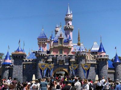 Per Maret 2022, Disneyland California akan Menaikkan Harga Tiket Masuk